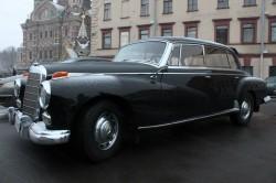Mercedes-Benz Adenauer