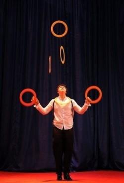 Герман Кузнецов - жонглер