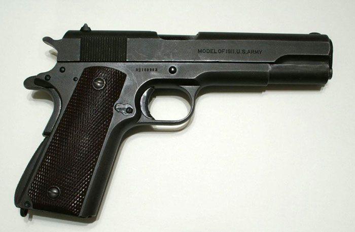 аренда макета пистолета Colt 1911