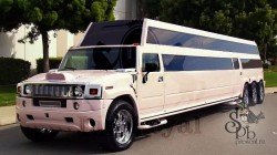 4-осный белый лимузин Мега Хаммер