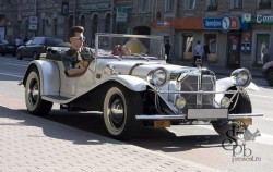 Ретроавтомобиль кабриолет Mercedes SSK