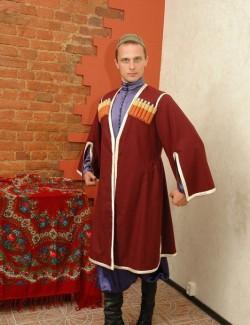 Мужской кавказский костюм