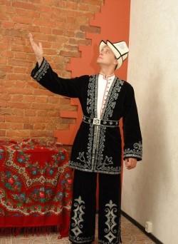 Мужской казахский костюм