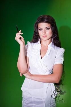 Ведущая Вероника Румянцева