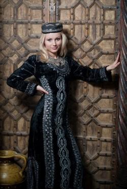 Женский восточный костюм - Средняя Азия