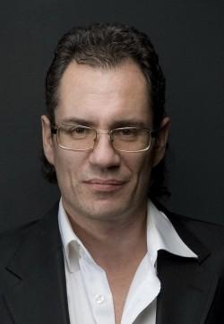 Ведущий Яков Малкин