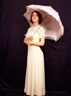 Женское платье конца 19 века