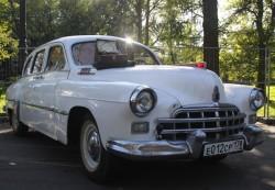 Ретролимузин «ЗиМ» ГАЗ-12 белого цвета